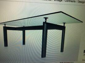 Corbusier design replica dining table