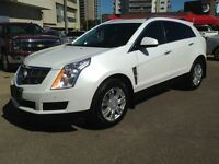 2011 Cadillac SRX AWD-Luxury Collection - Panoramic Sunroof,Heat