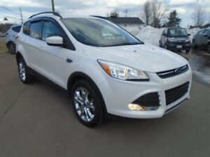2014 Ford Escape SE AWD ONLY 43,000 kms