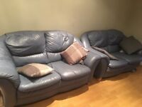 2x leather sofas for £ 100- Brilliant condition