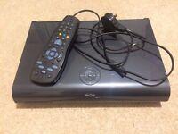 Sky + HD Box Amstrad DRX895 2TB