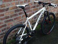 Giant XTC-4. Amazing Bike. Top working condition. Very light just 27.5 lbs. Hydraulc Brakes. 27 Sp