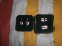 2 pairs of cufflinks