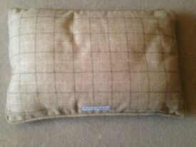 mutts & hounds small oatmeal tweed dog bed / pillow