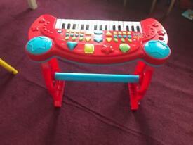 Children's piano £8🎊🎊