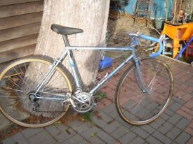 vintage 1985 triumph road bike