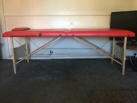 Massage / Therapy / Tattoo / Reiki table - portable with case