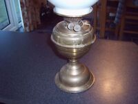 VINTAGE BRASS OIL LAMP. NOT CLEANED AND ORIGINAL.
