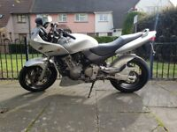 Honda CB600 F2-Y for sale. She needs a new bettery & some Love. No MOT.