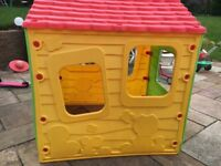 Outdoor children's play house £10.00