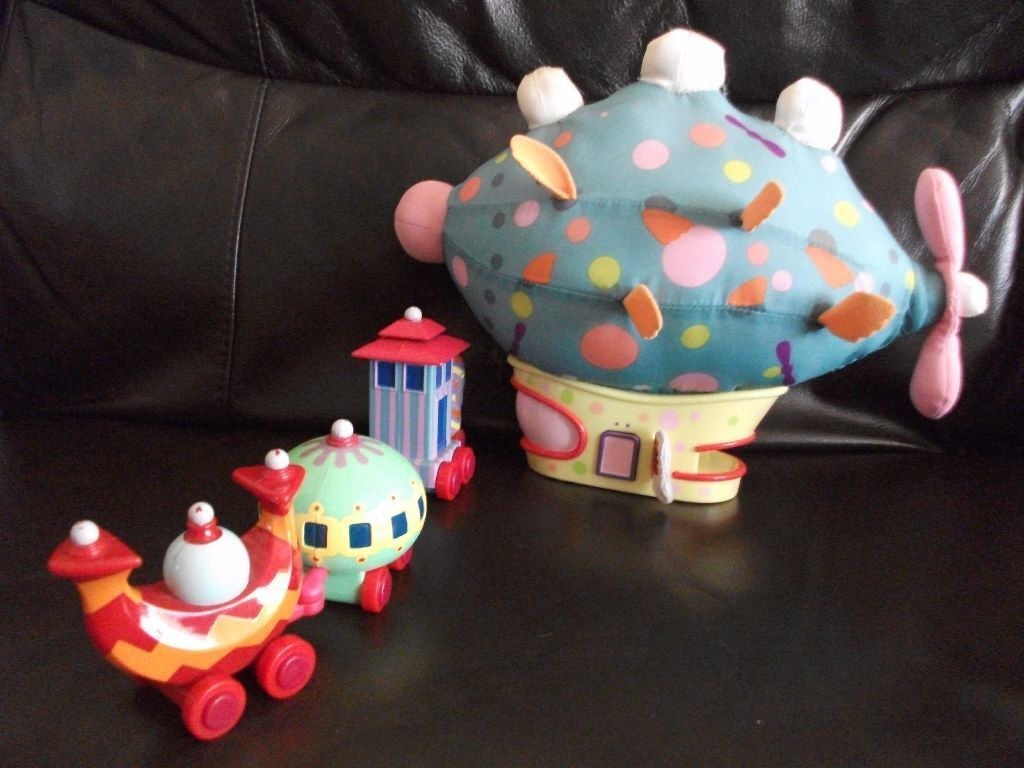 Pinky Ponk Amp Ninky Nonk In The Night Garden Toys In