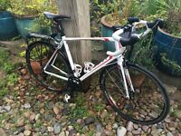 Giant Defy 3 Compact Road (Large, 700 x 25c) - Excellent with back-rack and mud-guards