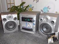 SAMSUNG S520 stereo player, 3 disc CD changer SOUND SYSTEM,large speakers,silver,bass boost