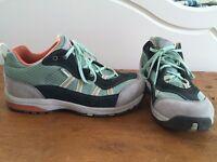 Danner Gore-Tex waterproof hiking boots, UK 8.5 , excellent