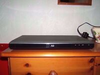 FAULTY TOSHIBA BSX1250KB BLU-RAY PLAYER WITH REMOTE & USERS GUIDE