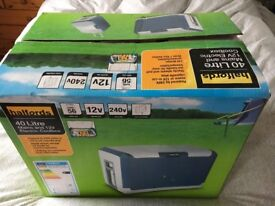 40 Litre Mains and 12v Electric Coolbox