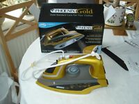 PHOENIX GOLD STEAM IRON - SUPER STEAM IRON - LITTLE-USED - EXCELLENT CONDITION