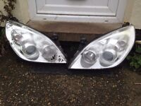 Vauxhall Vectra / Signum Facelift Front Headlights Good Condition. Pair.