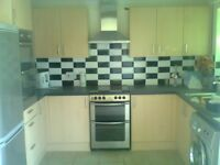 LARGE 5 ROOM DETACHED HOUSE FOR RENT WITH SPACIOUS GARDEN - UNBEATABLE VALUE FOR MONEY - MUST VIEW