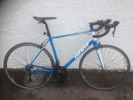 Giant Defy 3 Aluxx. Men's racing bike. Fully serviced, fully safe and ready to go.