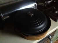 Le Creuset Cast Iron Casserole Dish with Lid