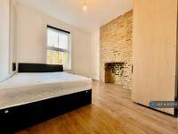 1 bedroom in York Road, London, W3 (#973735)