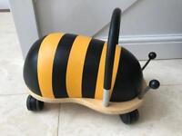 Bee wheels bug age 1yr +