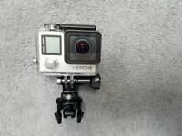 Gopro Hero 4 Silver, smart remote, gopole and accessories