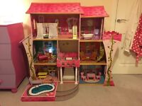 For Sale Dolls House with furniture