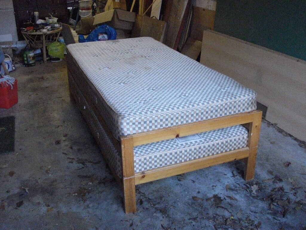 Twin single beds that stack, good condition, FREE for collection but matresses are old and marked