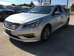2016 Hyundai Sonata 2.4L GL/ALMOST NEW!/CLEAROUT!!/PRICED FOR A  Kitchener / Waterloo Kitchener Area image 3