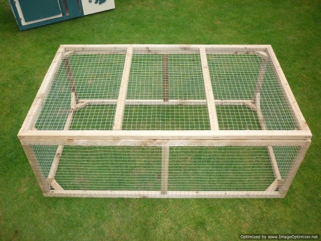 rabbit run 5ft by 3ft