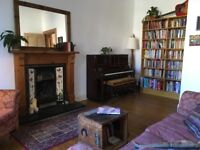 Characterful 2 bed family home for rent during Edinburgh Festival - Ideal location. Sleeps 5.