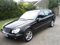 MERCEDES-BENZ 320 C CLASS AVANTGARDE AUTO 5-DOOR ESTATE 2001. JET BLACK METALLIC, 12 MONTHS MOT.