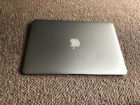 MACBOOK AIR 13 INCH SILVER 2015 i5 1.6GHz 8GB RAM 128GB SSD GOOD CONDITION WITH CHARGER