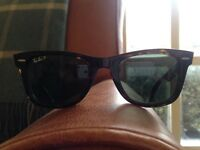 Ray Ban Wayfarer Sunglasses (Polarised) - Perfect Condition