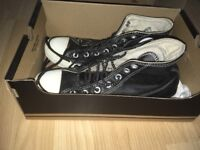 OFFERS ACCEPTED: Black Leather Converse Size 6 High Top Boots