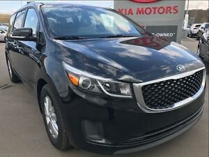 2017 Kia Sedona LX FAMILY VALUE PACKAGE, 10 DVD, REMOTE START