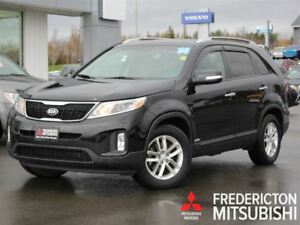 2014 Kia Sorento LX PREMIUM! AWD! HEATED LEATHER! BACKUP CAM!
