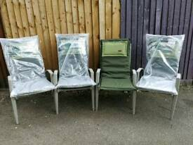 Lightweight aluminium chairs and cushions