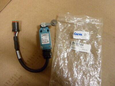 Genie Lift Limit Switch 75036 75036gt Terex New