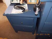 chest of drawers with 2 matching bedside drawer sets