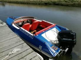 Dateline 17ft speedboat 90hp merc with trailer
