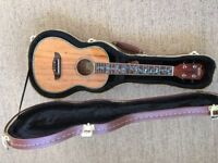 Beautiful professional Oscar Schmidt ukulele ou6 by Washburn in mint condition