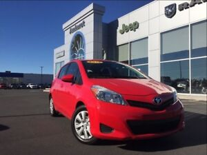 2012 Toyota Yaris LE AUTO A/C BLUETOOTH ONLY $98* BI-WEEKLY