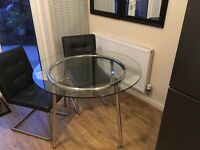 Glass dining table - round