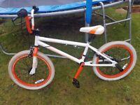 Dimondback bmx stunt bike