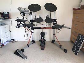 Yamaha DTXPRESS IV Electronic Drum Kit + drum sticks
