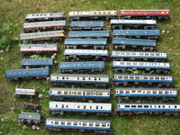 oo gauge rolling stock job lot