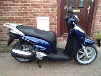 2008 Honda SH 300 automatic scooter, new 1 year MOT, excellent runner, very good condition, not gts
